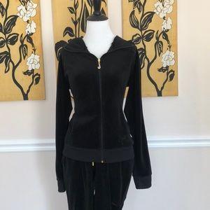 👣👣Juicy Couture Black Velour jogging suit 👣👣